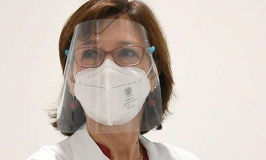Ursula Wiedermann-Schmidt, Präsidentin der Österreichischen Gesellschaft für Vakzinologie und Vorsitzende der österreichischen Impfkommission