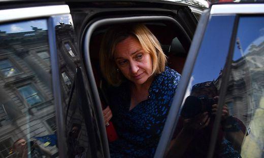 Amber Rudd verlässt die Partei. Die Gräben werden immer tiefer