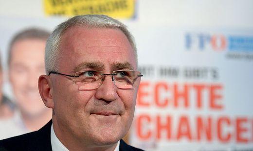FPÖ-Politiker Martin Graf bei U-Bahn-Station verprügelt