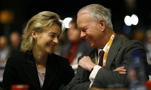Ursula von der Leyen und ihr Vater Ernst Albrecht beim CDU-Parteitag 2007