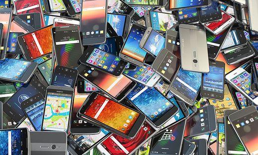 Smartphone, Laptop, handy richtig entsorgen