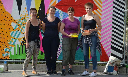 Ulrike Gollesch (2.v.l.) mit den Künstler-Kolleginnen