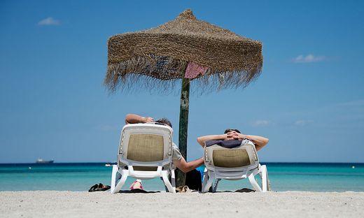 Die EU schreibt nur vier Wochen Urlaub vor, in Österreich sind es fünf
