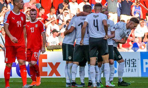 Österreich besiegte zum Auftakt auf Serbien