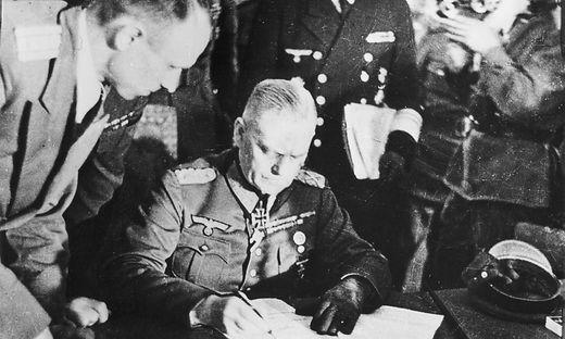 Kapitulations 1945 Keitel - Surrender/1945/Keitel. -