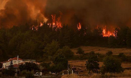 In Griechenland ist kein Ende der Brandkatastrophe in Sicht