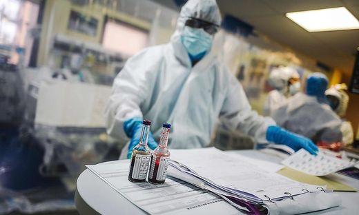 Frankreich ist mit mehr als 32.000 Toten schwer von der Pandemie getroffen.