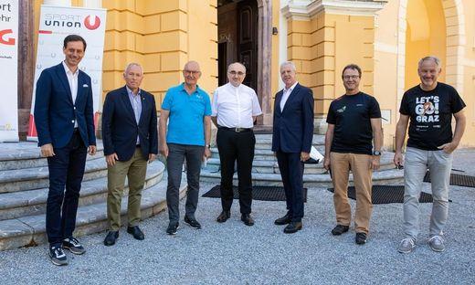 NR-Abg. Ernst Gödl, Christian Purrer (ASVÖ), Stefan Herker (Sportunion), Diözesanbischof Wilhelm Krautwaschl, Gerhard Widmann (ASKÖ), Georg Plank (DSG), Thomas Rajakovics (Sportamt Stadt Graz)