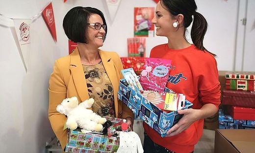 Preiml mit ihrer Tochter Sarah, welche die Aktion ebenso unterstützt