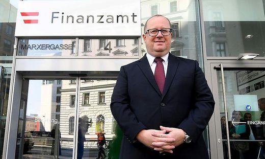 Fuchs verteidigt die Steuerentlastung