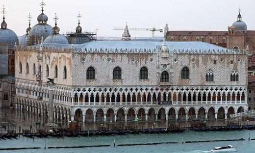Dogenpalast 26 11 2017 Hafeneinfahrt Venedig mit der Costa Deliziosa *** Doges Palace 26 11 2017