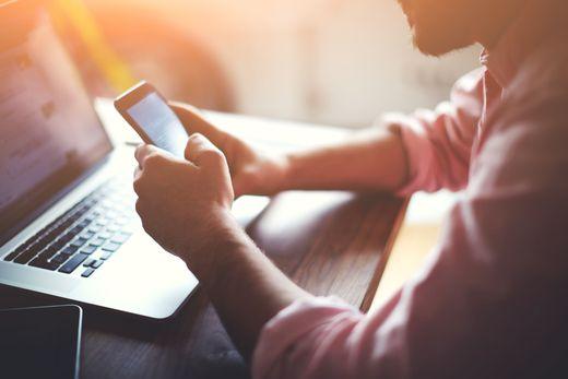 Handy und Computer sind heutzutage fixer Bestandteil im Alltag der meisten Menschen