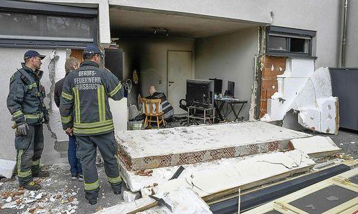 TIROL: EXPLOSION IN INNSBRUCKER MEHRPARTEIENHAUS - KEINE VERLETZTEN