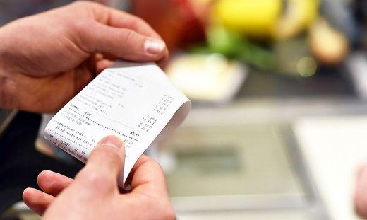 Voraussetzung für einen Umtausch ist eine Rechnung oder der Kassenzettel