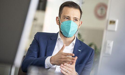 Trotz aller Vorsichtsmaßnahmen ist Schuschnig wieder mit Covid-19 infiziert
