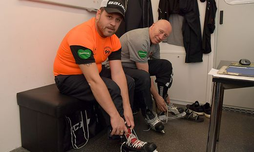 Jens Gustafsson (links) folgt Doug Mason als 99ers-Trainer nach