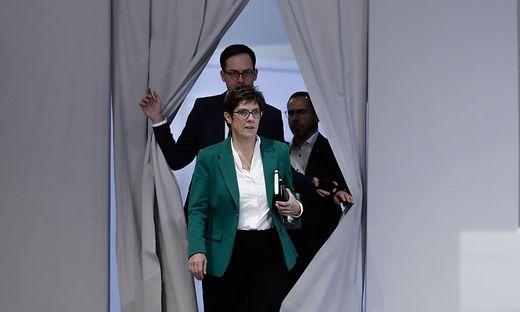 Kramp-Karrenbauer soll die CDU in eine neue Zukunft führen