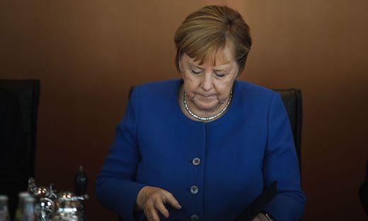 Kanzlerin unter Beschuss: Angela Merkel