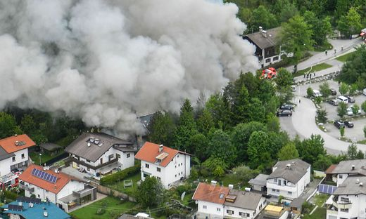 TIROL: GROSSBRAND IN ABSAM