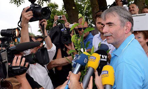 Gustl Mollaths Entlassung aus der psychiatrischen Klinik in Bayreuth am 6. August 2013 wurde zum Medienereignis