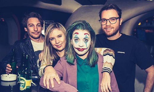 Lara Köck als Joker