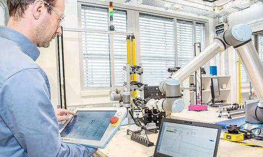 Labortest im Robotics Institut von Joanneum Research in Klagenfurt