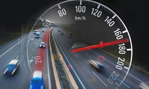 Mit 170 km/h raste der Lenker auf die Baustelle zu