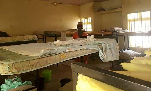 Die leeren Schlafzimmer des Mädcheninternats, aus dem die Schülerinnen entführt wurden