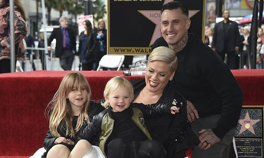 Pink, Carey Hart, Willow Sage, Jameson