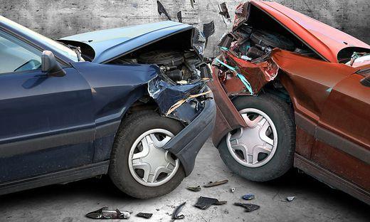 Am Unfallort müssen die Feuerwehrleute binnen Sekunden die richtigen Entscheidungen und Maßnahmen treffen