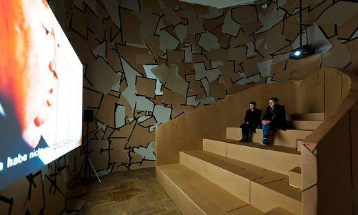 LINZER FILMFESTIVAL 'CROSSING EUROPE': KARTON-KINOSAAL