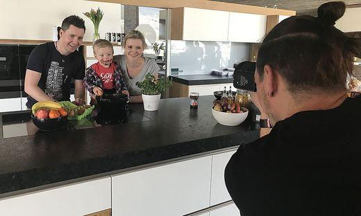 Patrick Feiner fotografierte drei Tage lang Familien für das Kochbuch von Mamas für Mamas