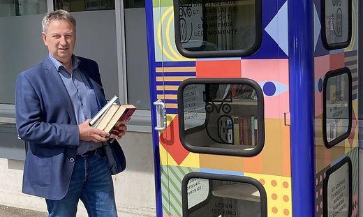 Bürgermeister Gerhard Hartinger (ÖVP) eröffnete die neue Bücherbox