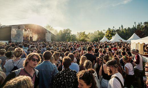 Viel los am Sonnegger See: Beim bisher letzten Festival 2018 waren es 3500 Besucher