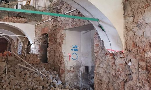 Bei Renovierungsarbeiten stürzte Gewölbe ein