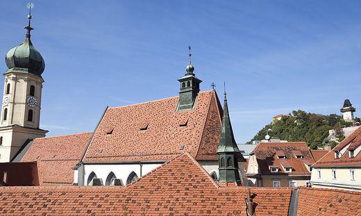 Das geläut vom Kirch- und Uhrturm sind einemDas nächtliche Geläut vom Kirch- und Uhrturm sind einem Grazer ein Gräuel. Grazer ein Gräuel.