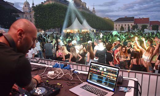 Am Neuen Platz wurde Party gemacht