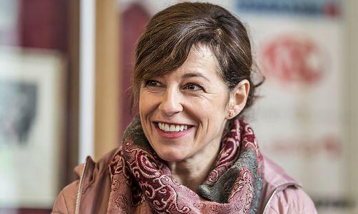 """Die in Völkermarkt aufgewachsene Julia Cencig begeistert in """"Harri Pinter, Drecksau"""" die Kinobesucher"""