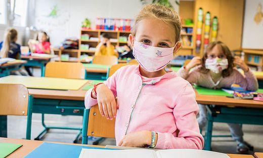 Nicht immer wird die Maskenpflicht in Schulen so problemlos umgesetzt