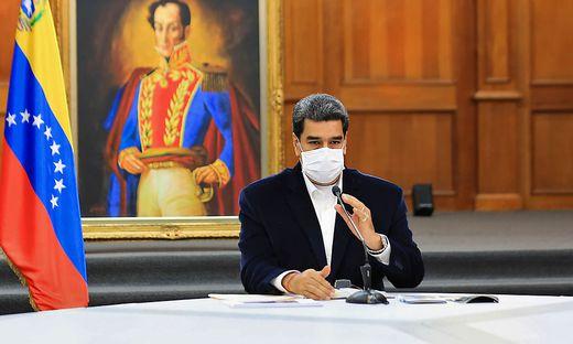 Nicolas Madura spricht von einer Invasion