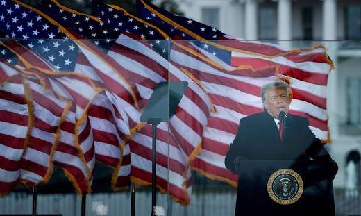 Nach dem Sturm auf das Kapitol werden die Rufe nach einer Absetzung Donald Trump immer lauter