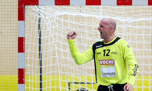 Goalie Gorazd Skof mit der geballten Faust