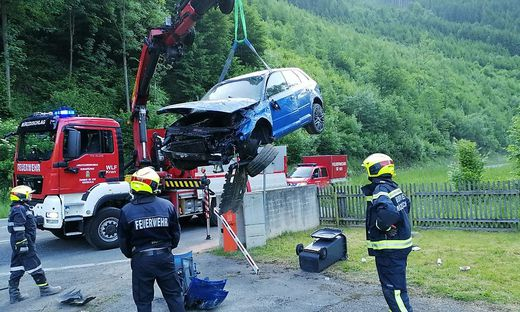 Unfall auf der B23