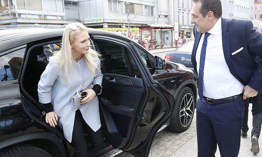 Philippa Strache mit ihrem Ehemann, dem ehemaligen FPÖ-Chef Heinz-Christian Strache.