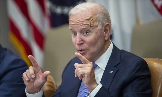 Joe Biden meets with union and business leaders
