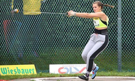 Leonie Moser wiederholte in der U16 ihren Doppelsieg aus dem Vorjahr