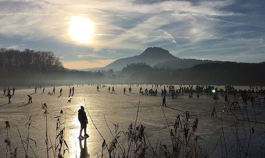 Am Freitag soll der Hörzendorfersee zum Eislaufen freigegeben werden