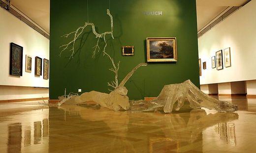 """Ausstellung """"Touch Wood"""" in der Stadtgalerie Klagenfurt"""