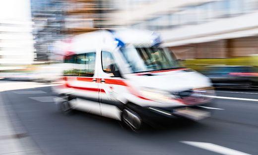 Keine Überstunden, dafür strenge Einhaltung der Pausen: Das Rote Kreuz kündigt Dienst nach Vorschrift an