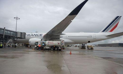 Der Air-France-Airbus beim Betanken